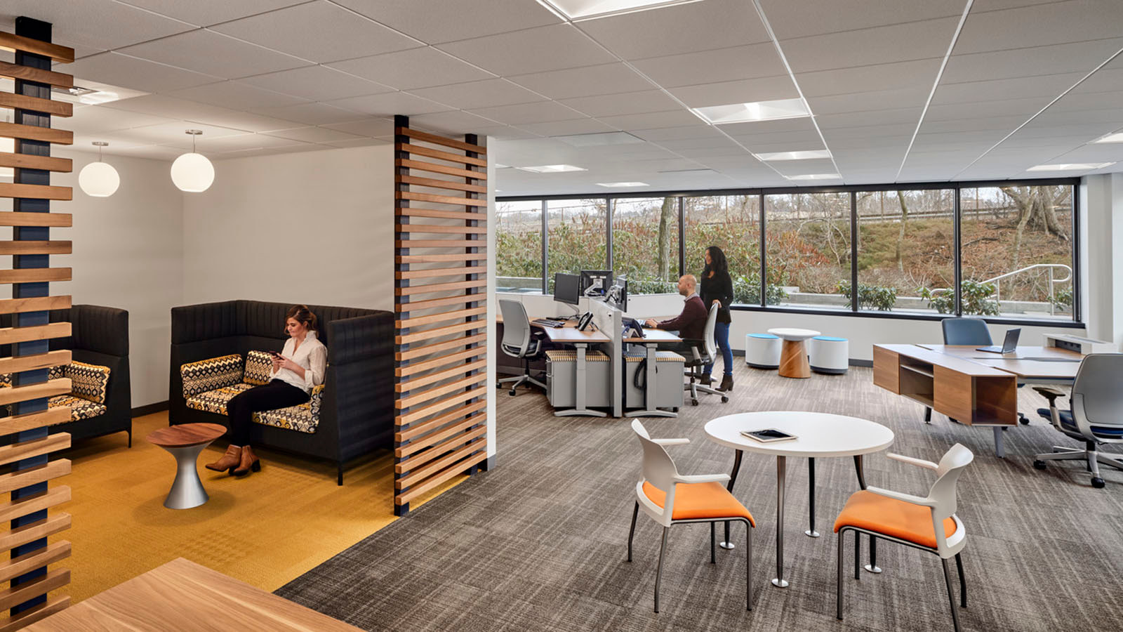 Sun Life Financial huddle area with slatted walls