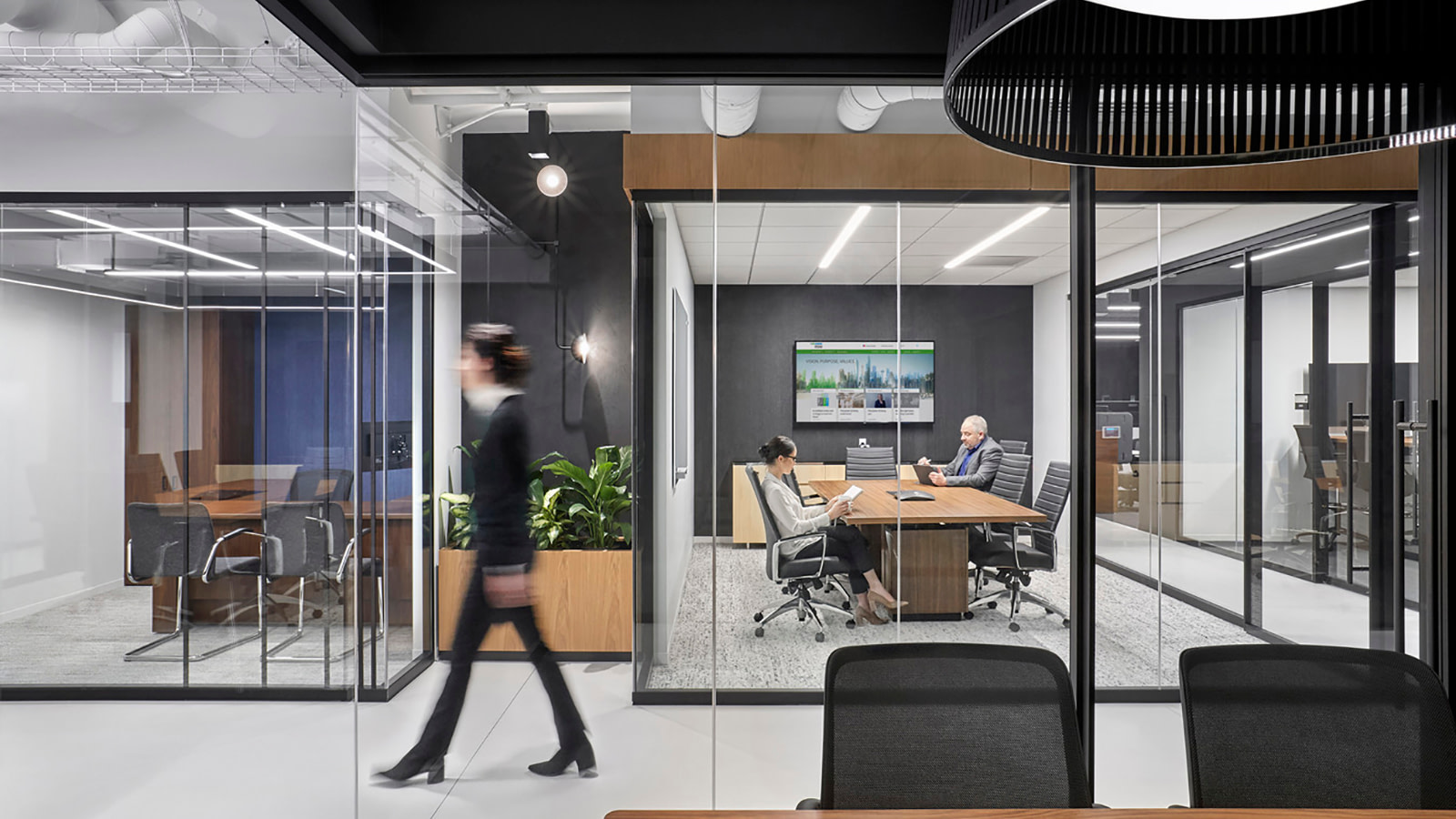 An enclosed meeting space at RSM's Chicago headquarters.