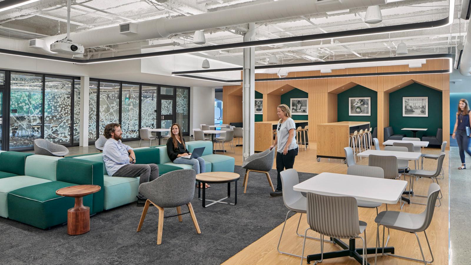 Open workspace in Bedford, MA